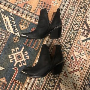 Jeffrey Campbell Cromwell Black Booties